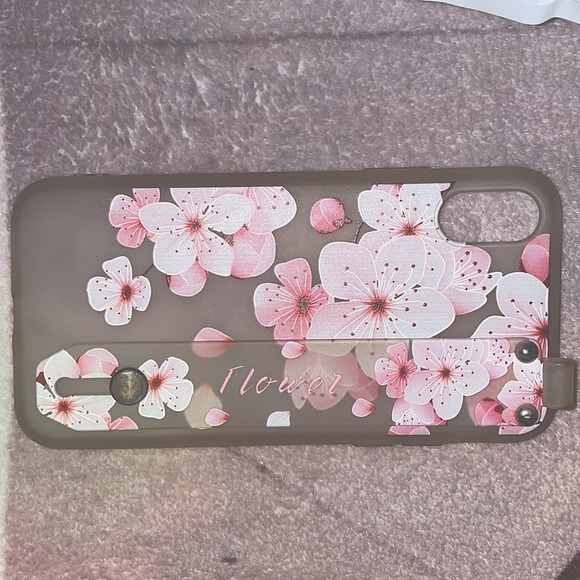 Selling a iPhone X phone case